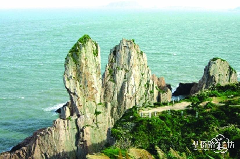 高18米的大陈岛垦荒纪念碑