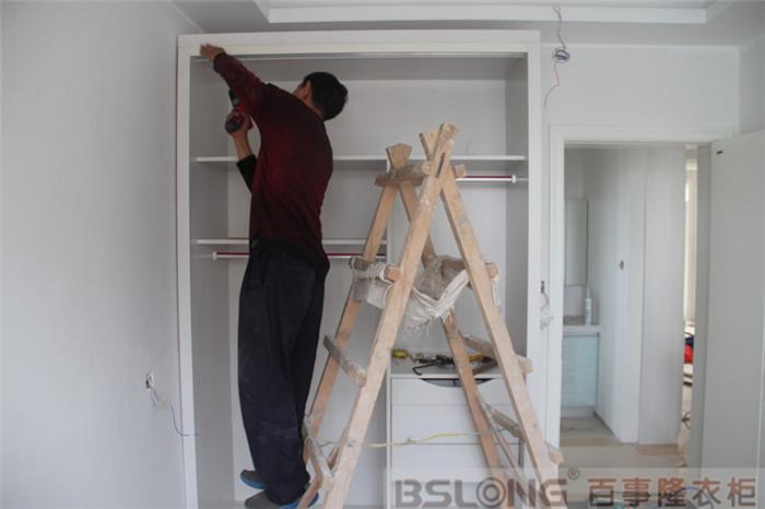 定制衣柜天鹅湖花园安装跟踪实拍之书房衣柜-定制