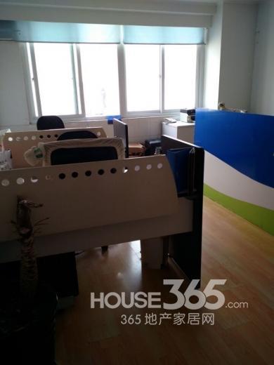 山西 路 工贸大厦 30�O可注册公司整租简装 南