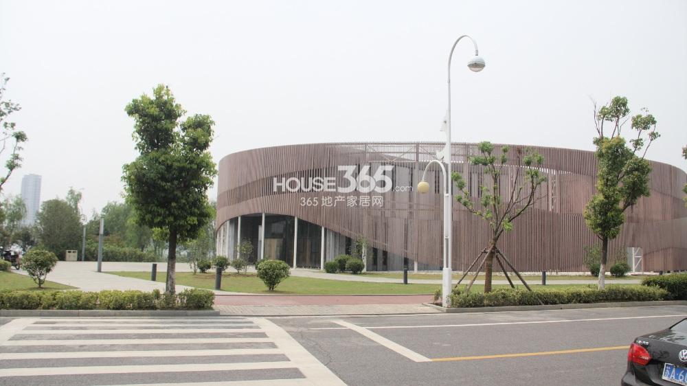 龙池翠洲小区里的幼儿园-南京365地产家居网