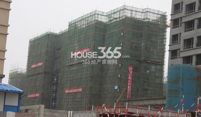 华强城美加印象34#楼工程进度(2015年2月摄)