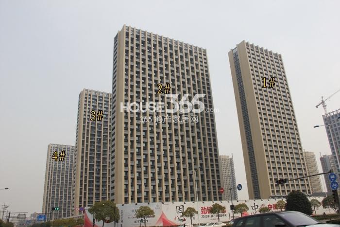 2015年3月底中天官河锦庭项目实景--1-4号楼