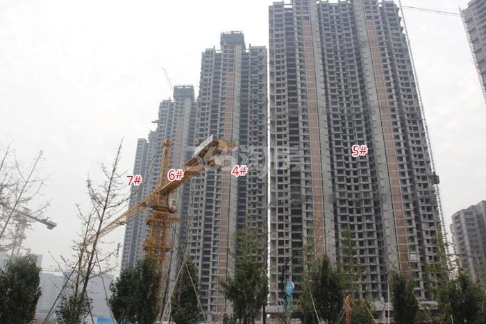 理想银泰城项目4—7号楼施工进程图(2015.10)