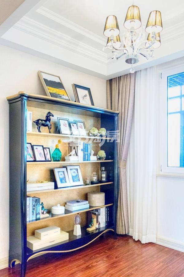 长泰国际社区120平样板间书房