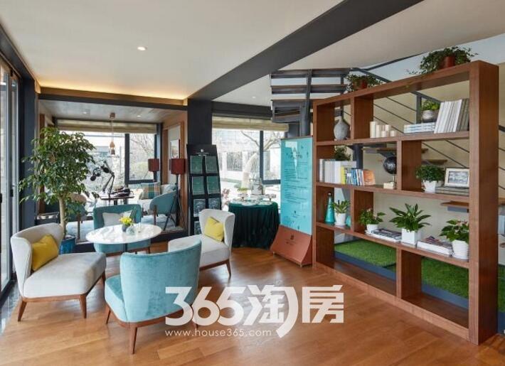 融创玖樟台售楼部接待处实景图(2017.9.4)